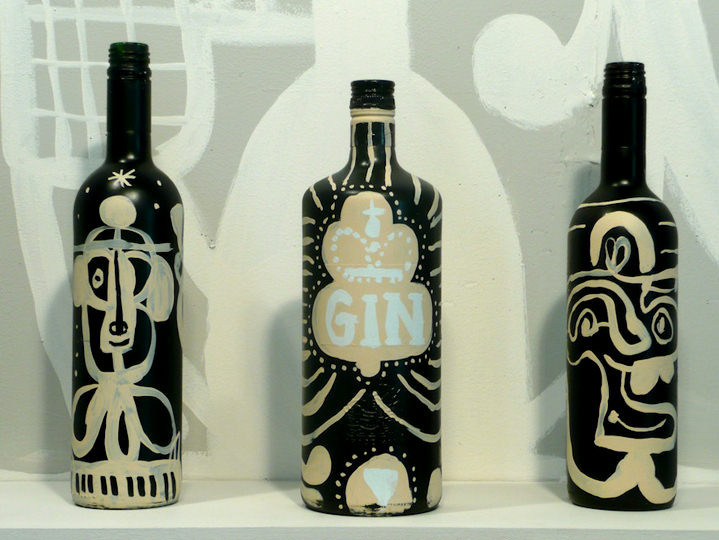 Chris Gilvan Cartwright, Abstract handpainted on bottle