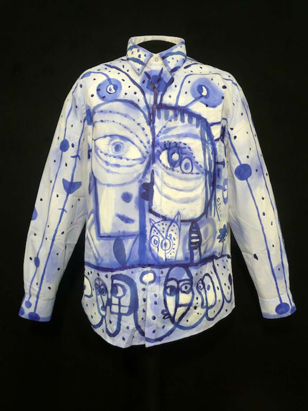 Chris Gilvan Cartwright, Hand-painted on shirt